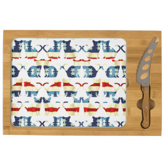 VINTAGE RED WHITE AND BLUE CAT PATTERN CHEESE BOARD