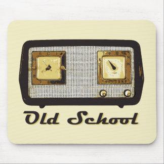 Vintage retro de la radio de la escuela vieja mousepad