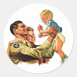 Vintage Retro Kitsch 40s Welcome Home Daddy Classic Round Sticker
