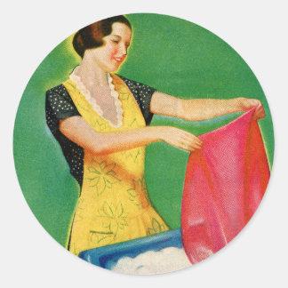 Vintage Retro Kitsch Laundry Washing Soap Woman Classic Round Sticker