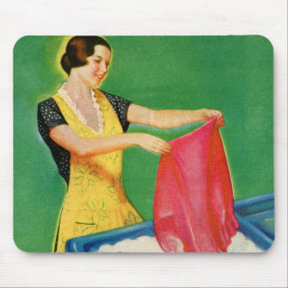 Vintage Retro Kitsch Laundry Washing Soap Woman Mouse Pad