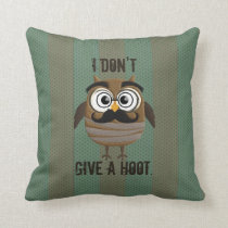 Vintage Retro Owl Throw Pillow