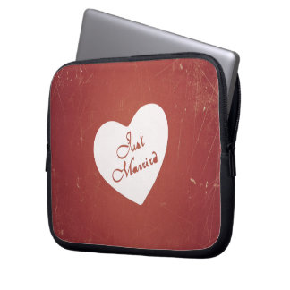 Vintage Retro Style Just Married On Antique Red Computer Sleeves