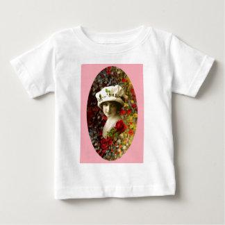 Vintage Retro Victorian Portrait Collage Valentine T-shirt