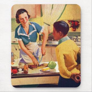 Vintage Retro Women 40s Donut Deception Lunch Mom Mouse Pad
