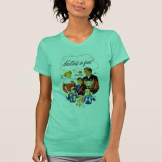 Vintage Retro Women 60s Knitting is Fun! T-Shirt