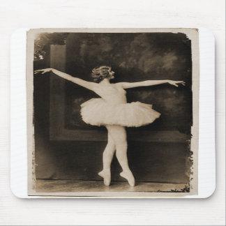 Vintage Retro Women Ballet Dancer Woman Mouse Pad