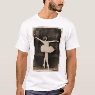 Vintage Retro Women Ballet Dancer Woman T-Shirt