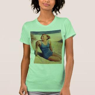 Vintage Retro Women Forties Swim Suit Beauty T-shirts