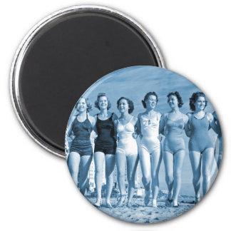 Vintage Retro Women Kitsch Surfing Beach Nuts Magnets