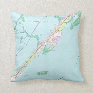 Vintage Rock Harbor Florida Map (1947) Throw Pillow