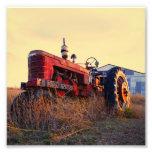 vintage rojo de la máquina del tractor viejo fotografía