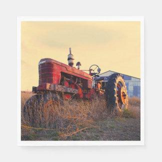 vintage rojo de la máquina del tractor viejo servilletas de papel
