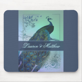 Vintage romantic peacock design mouse pad