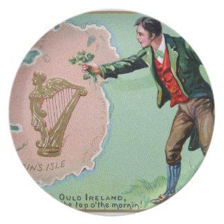 Vintage Saint Patrick's day erin's isle poster Melamine Plate