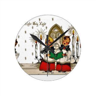 vintage-santa-christmas-post-cards-0029 round clock