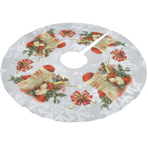 vintage santa or st nick tree skirt