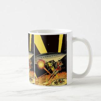 Vintage Science Fiction Sci Fi Battling Aliens Coffee Mug