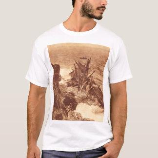 Vintage Shipwreck - Sailing Ship Antique Photo T-Shirt