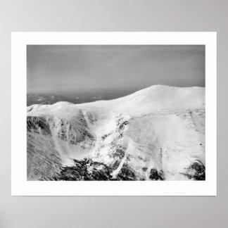 Vintage ski iamge, Routes down the mountain Posters