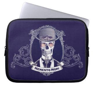 Vintage Skull Art Memento Mori laptop sleeve