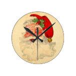 Vintage Smiling Santa Christmas Holiday Gift Item Wall Clock