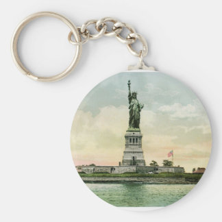 "Vintage ""Statue of Liberty"" Poster. New York. Keychain"
