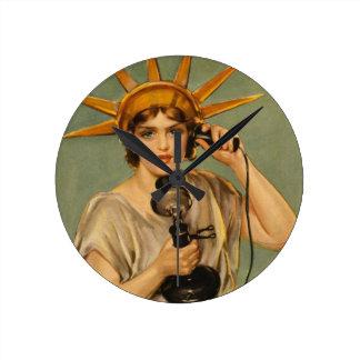 Vintage Statue of Liberty WWI Patriotic War Ad Clock