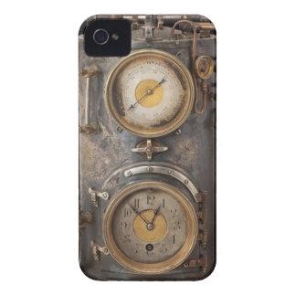 Vintage Steam Punk Clock iPhone 4 Case-Mate Cases
