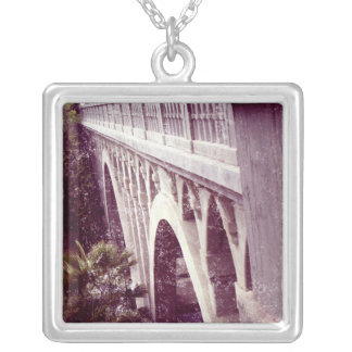 Vintage Style Shakespeare Bridge Necklace