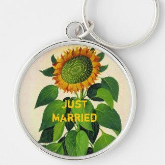 Vintage Sunflower Keychain Just Married