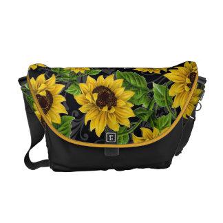 Vintage sunflower pattern messenger bag