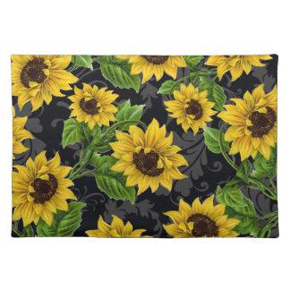 Vintage sunflower pattern placemat