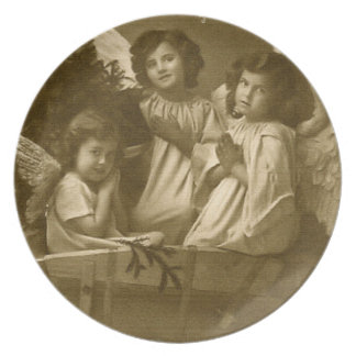 Vintage three angels Plate