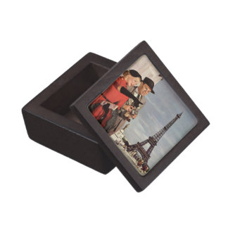 Vintage Tourists Traveling in Paris Eiffel Tower Gift Box