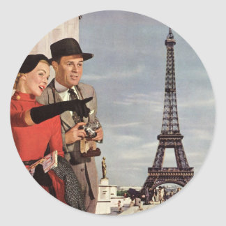 Vintage Tourists Traveling in Paris Eiffel Tower Classic Round Sticker
