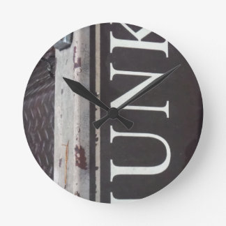 Vintage Tow Truck JUNK SIGN Round Wall Clocks