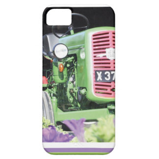Vintage Tractor Flowers iPhone SE/5/5s Case