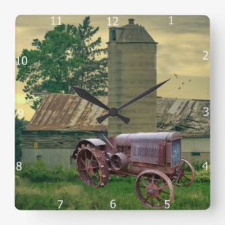 VINTAGE TRACTOR SQUARE WALL CLOCK