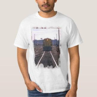 Vintage transport - On the tracks T-Shirt
