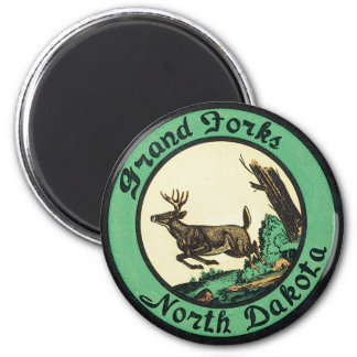Vintage Travel, Grand Forks, North Dakota Magnet