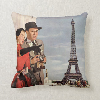 Vintage Travel - Lovers in Paris Throw Pillow