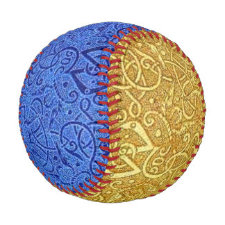 Vintage Triskle  Yellow Gold and Sapphire Blue Baseball