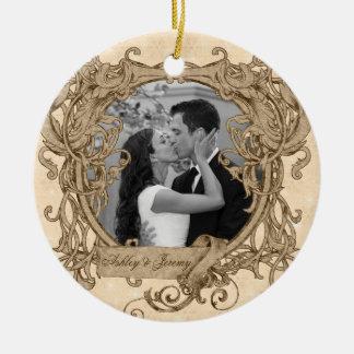 Vintage único nuestra primera foto del navidad adorno navideño redondo de cerámica