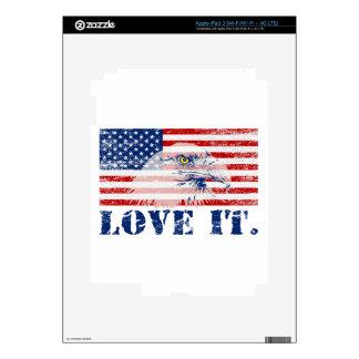 Vintage US Flag & Eagle LOVE IT iPad 3 Skins