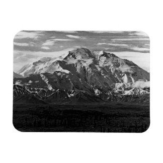 Vintage USA Alaska Mt Mckinley national park 1970 Magnet