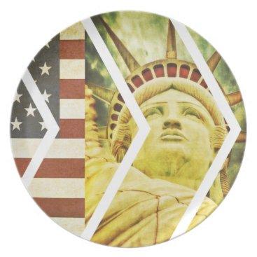 USA Themed Vintage USA Flag Statue of Liberty Chevrons Dinner Plate