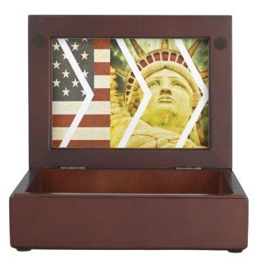 USA Themed Vintage USA Flag Statue of Liberty Chevrons Memory Box