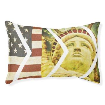 USA Themed Vintage USA Flag Statue of Liberty Chevrons Pet Bed