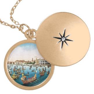 Vintage Venecia, regatta Collar Dorado